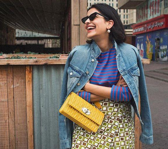 Mali trikovi velikih trendseterica: Kako nositi pojedini tip izreza na majicama i haljinama?