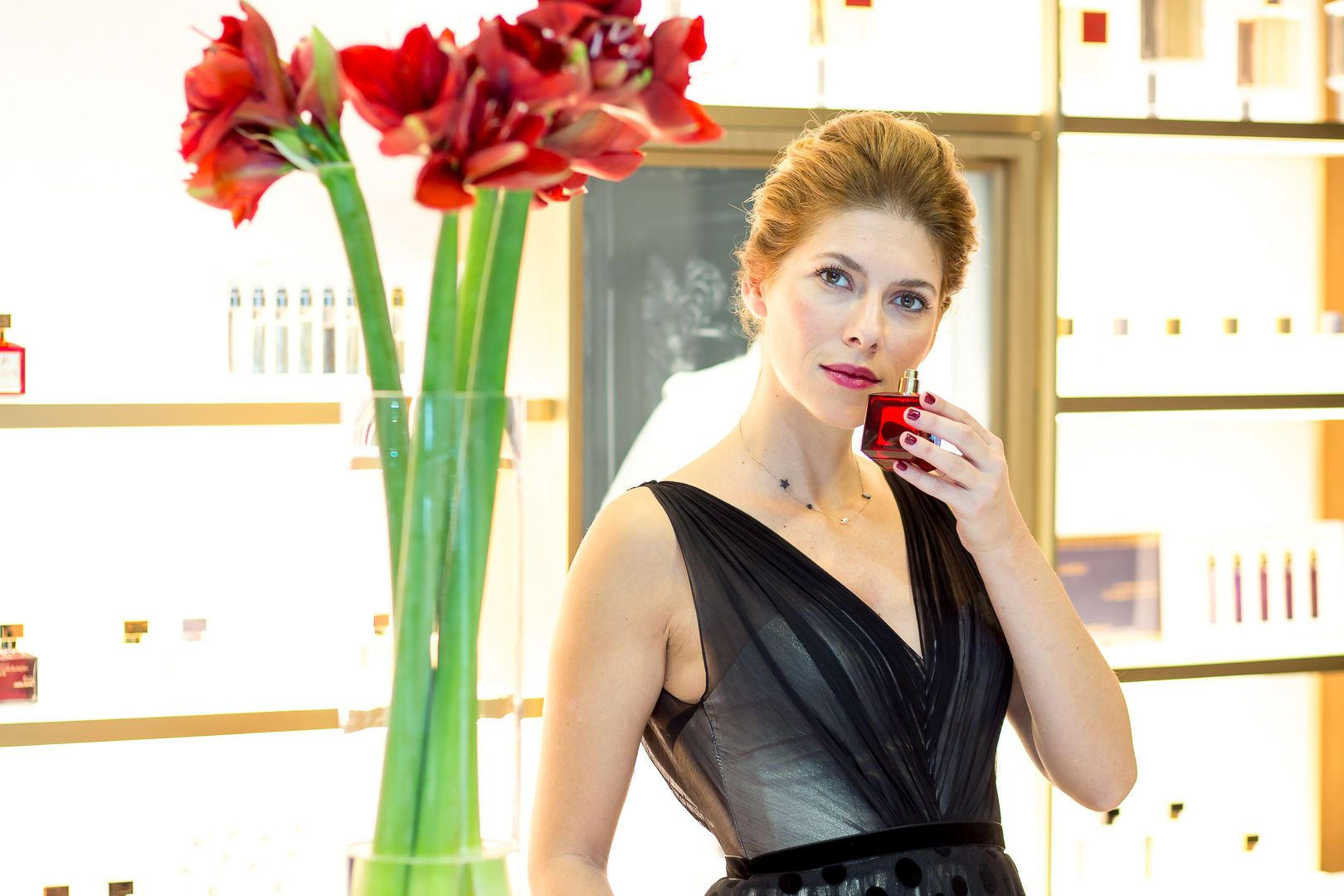 Pogledajte kako je Jelena Perčin zablistala na predstavljanju nove kolekcije parfema