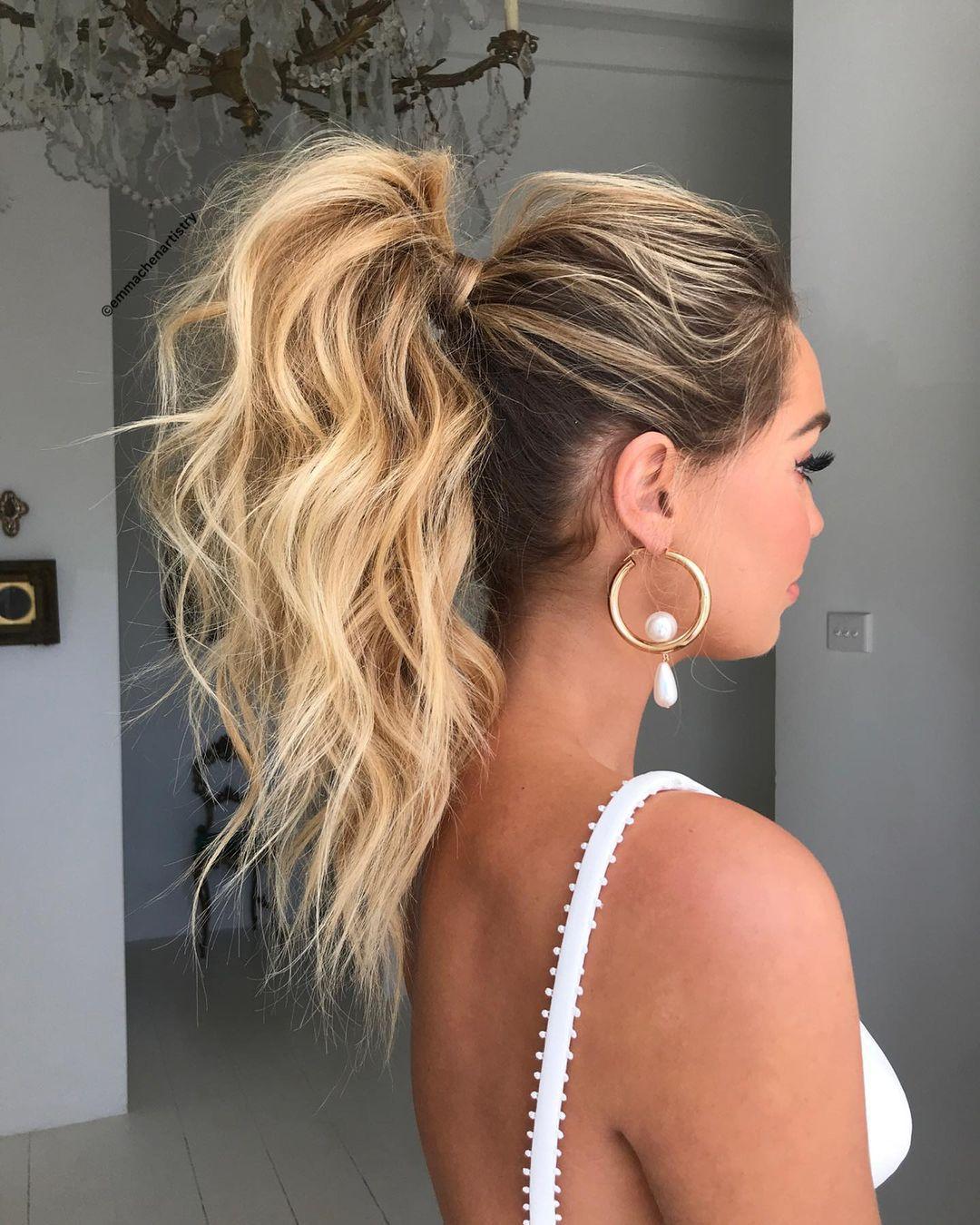 Izdvojite dvije minute i napravite idealnu frizuru koja daje maksimalan wow-efekt uz minimalan trud