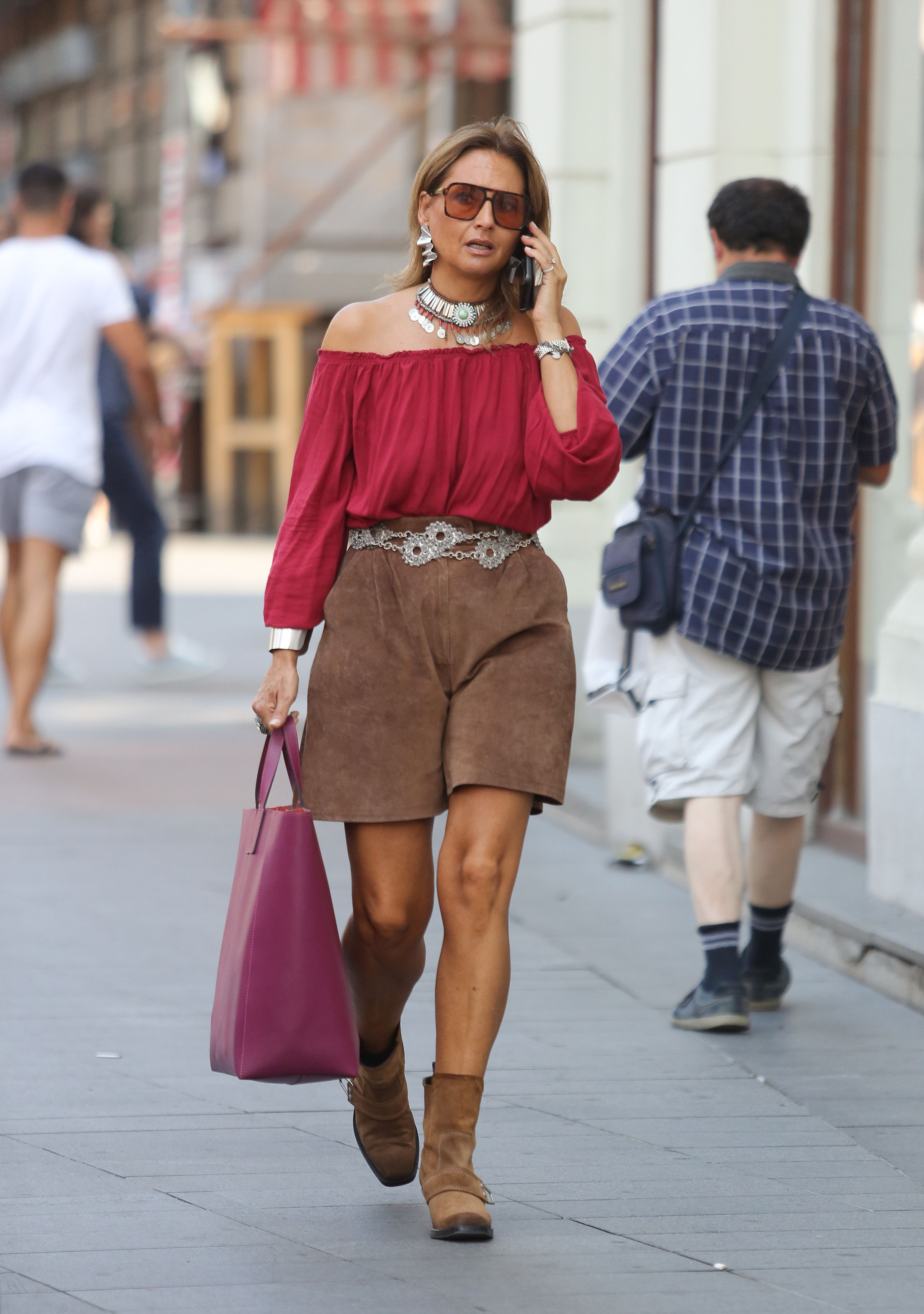 Ova se zanosna dama prošetala Cvjetnim trgom u ljetnoj kombinaciji koja najavljuje jesenske trendove
