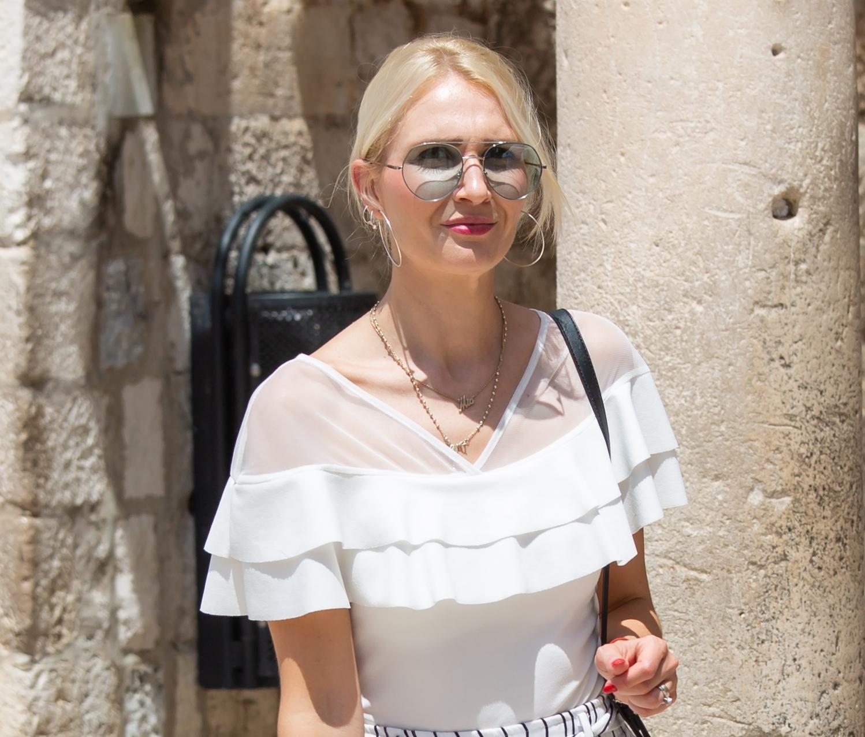 Hlače kakve nosi ljepotica iz Dubrovnika veliki su hit, a znamo gdje možete kupiti slične!