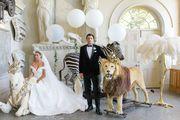 Vjenčanje iz snova: Par se prvo vjenčao na festivalu u pustinji, a zatim na predivnom engleskom imanju
