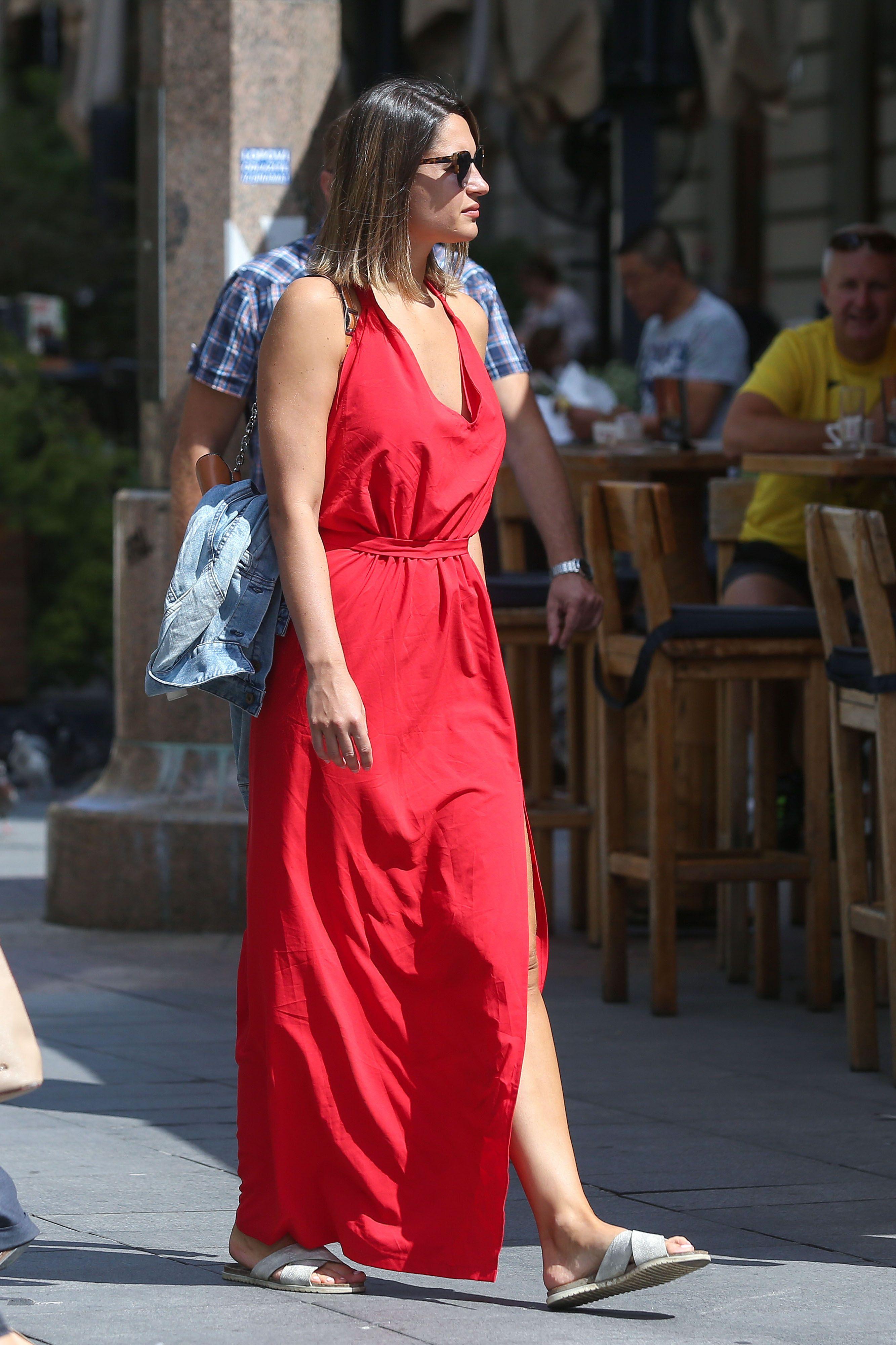 Dama u dugoj crvenoj haljini ukrala je show na zagrebačkoj špici