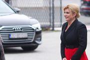 Predsjednica se pojavila u crvenoj pripijenoj suknji: Ponovno nosi hrvatski dizajn!
