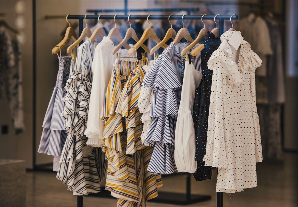 Kako pravilno pospremiti i prati odjeću da bi ona što duže izgledala kao nova?