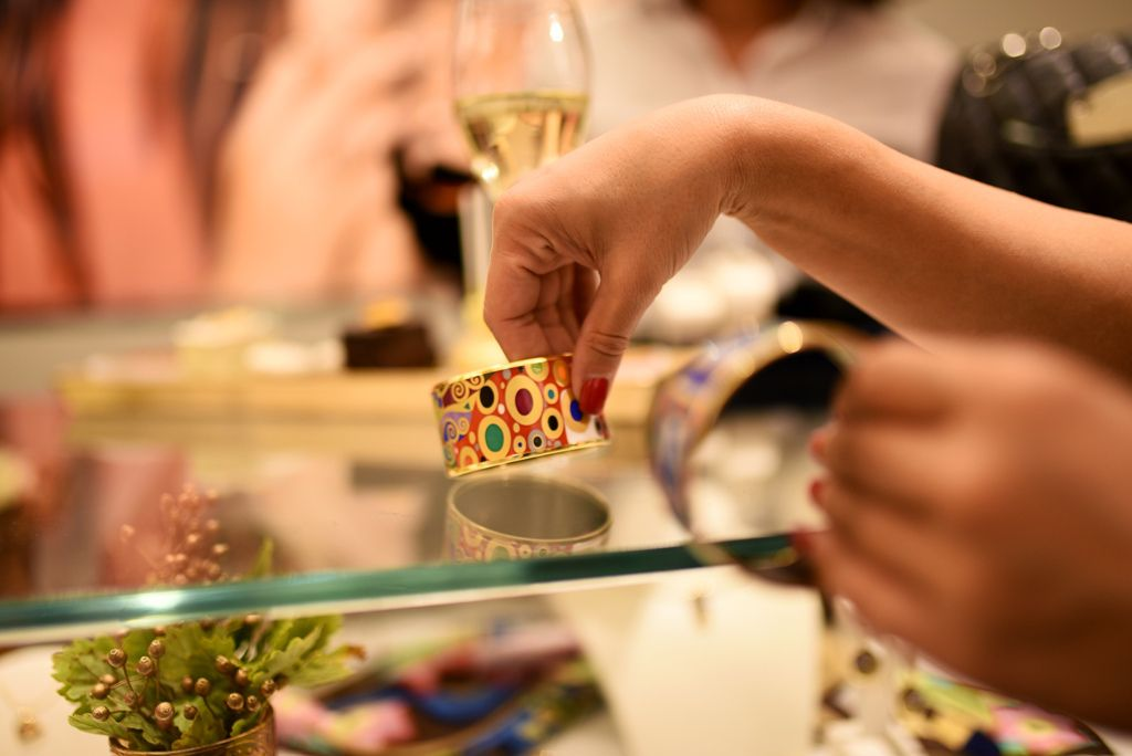 Odlična radionica o primjeni zlata u umjetnosti, izradi nakita i kozmetici