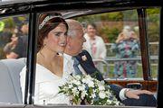 Princeza Eugenie stigla u jednostavnoj vjenčanici s teatralno dugim šlepom