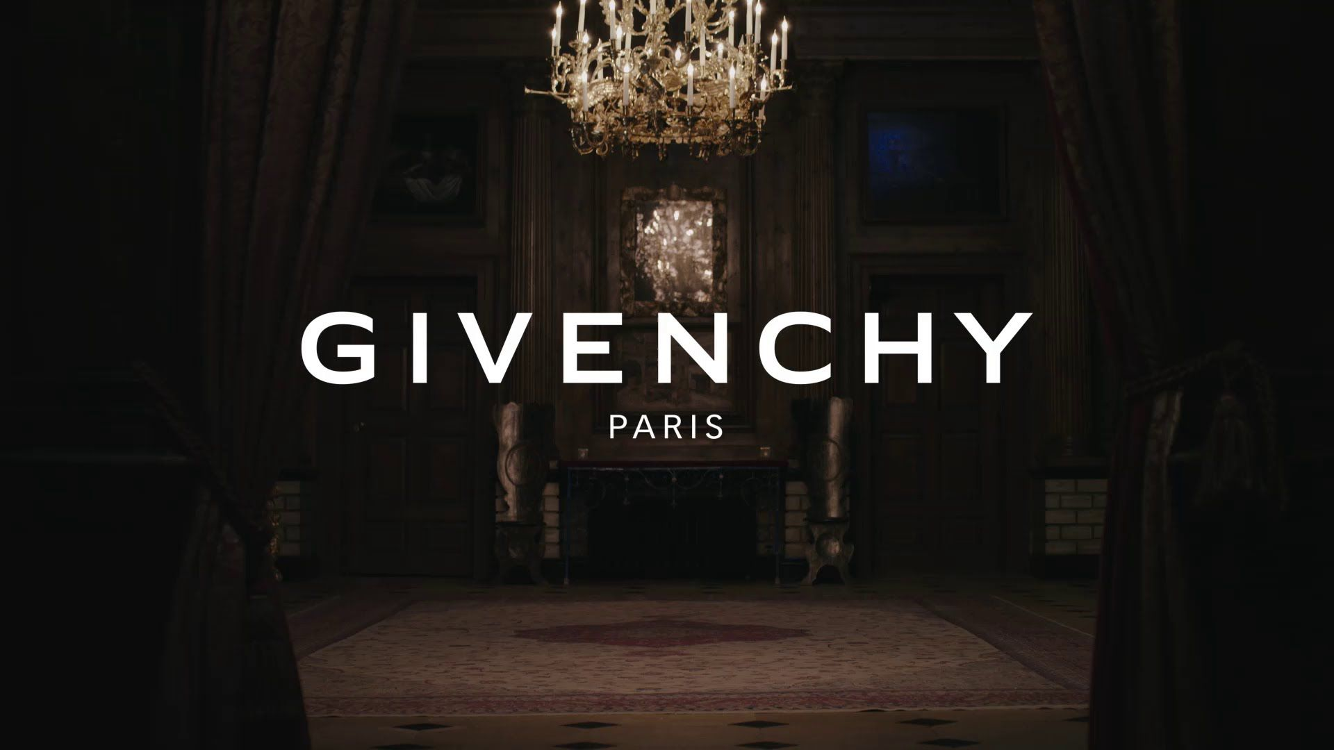 Modna kuća Givenchy opet iznenadila