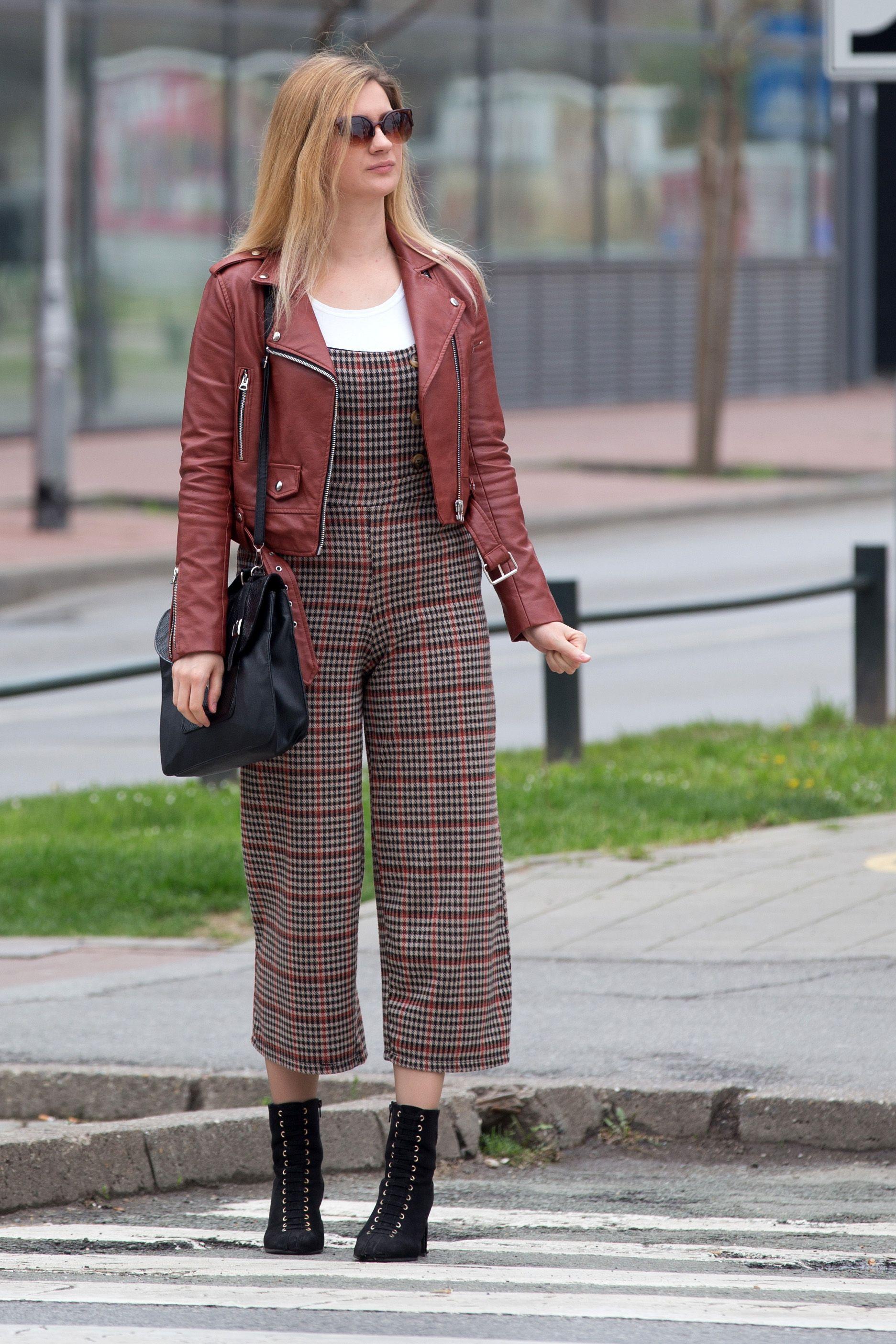 Uzorak koji vlada: Što kažete na karirani kombinezon kakav nosi ova djevojka?