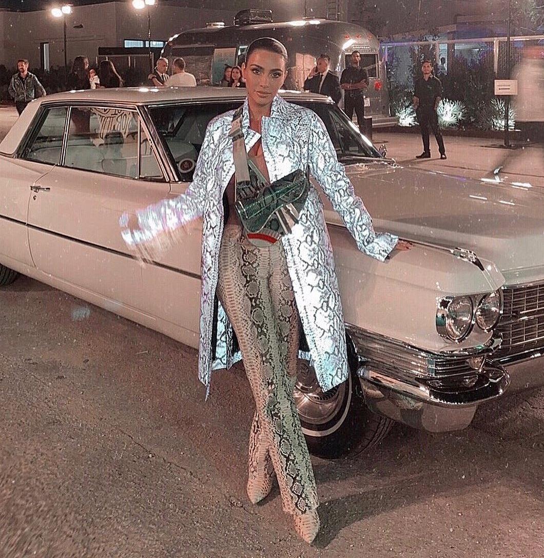 Zmijski uzorak od glave do pete! Kim Kardashian najavila što će se nositi i iduće sezone