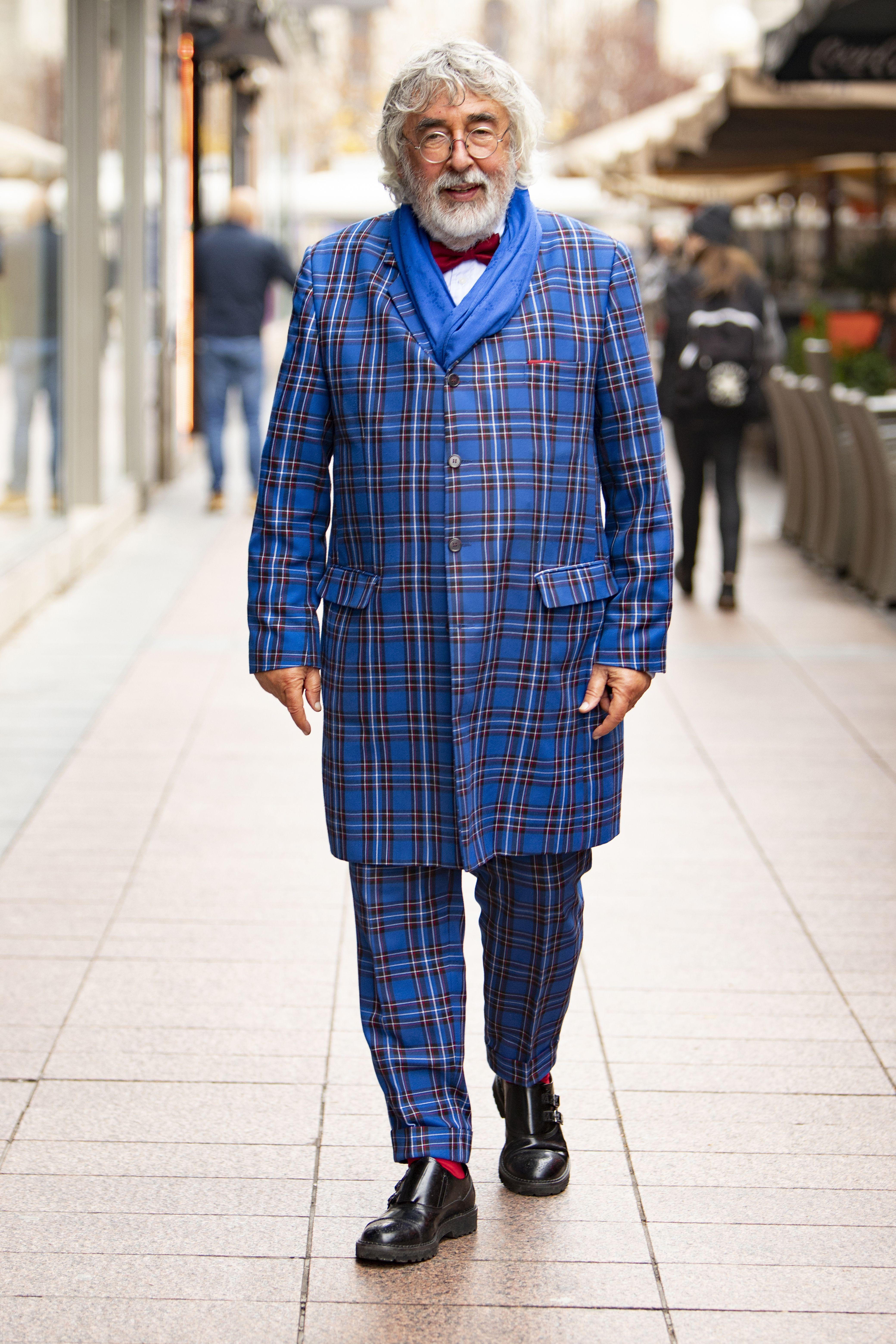 Odijelo po mjeri i uzorak sezone: Odvjetnik Škegro oduševljava svojim odvažnim stylingom
