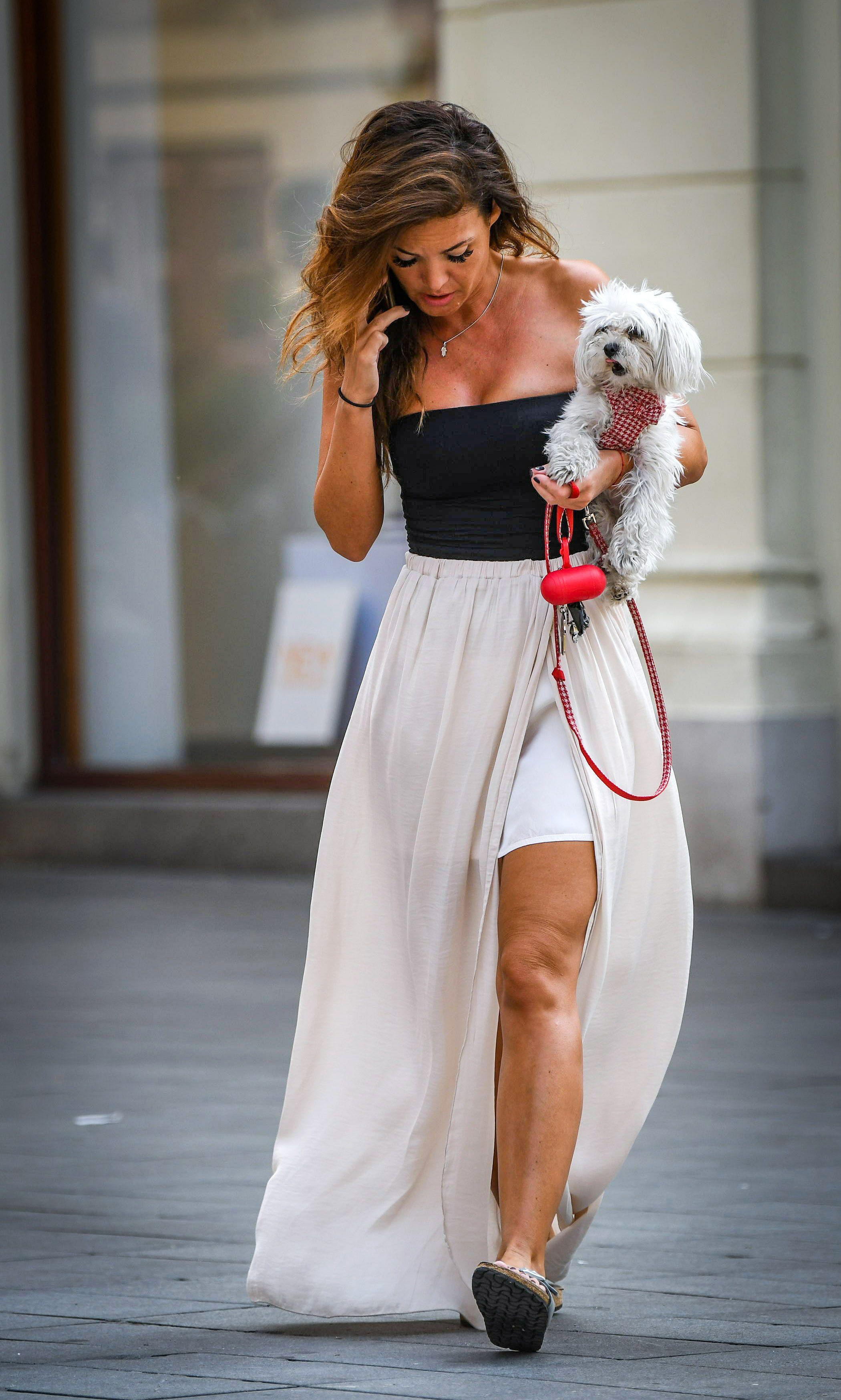 Atraktivna dama iz centra Zagreba i njen psić prave su zvijezde špice