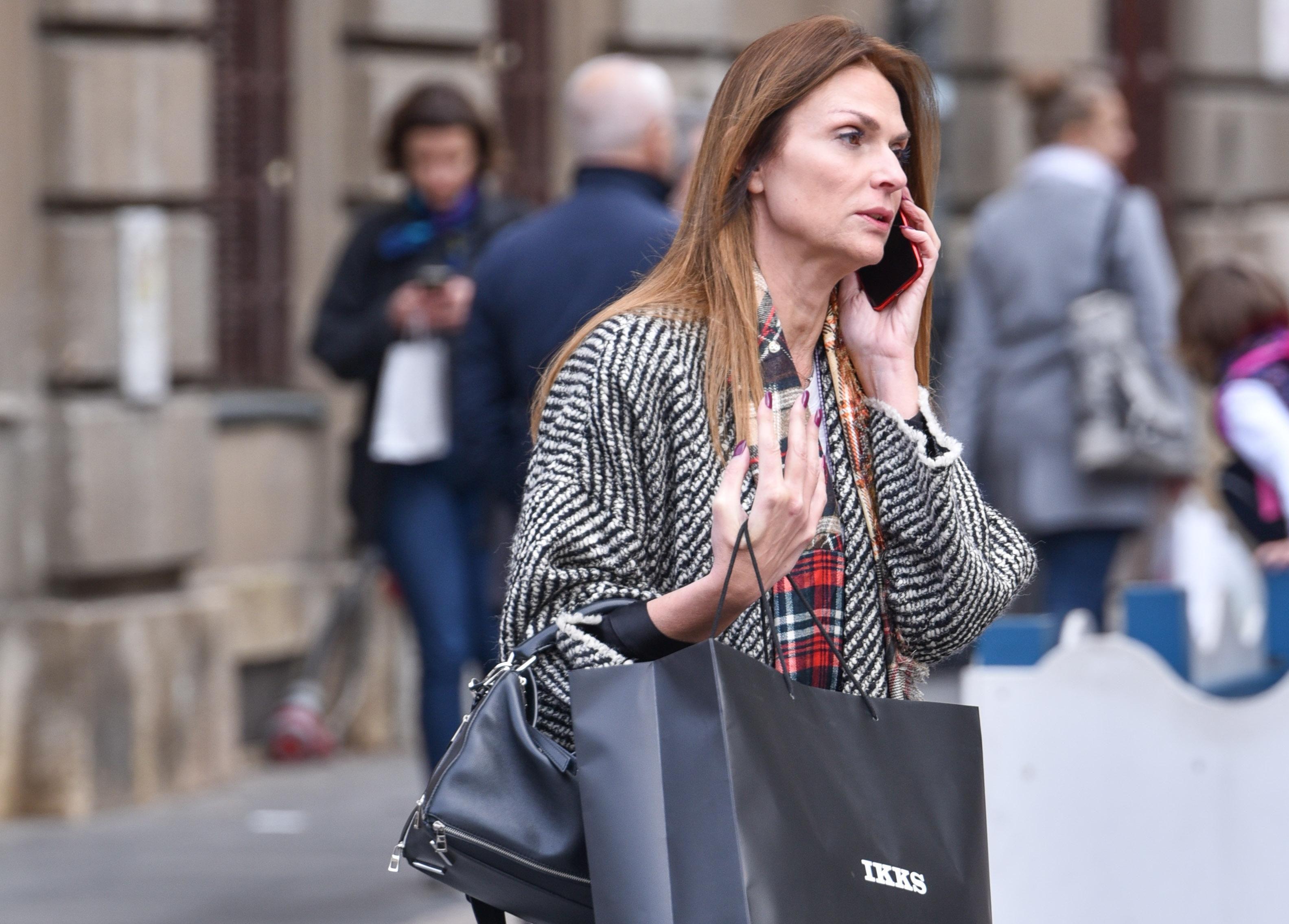 Kožne čizme na kožne hlače: Kombinacija u kojoj je ova dama sa špice bila prava frajerica