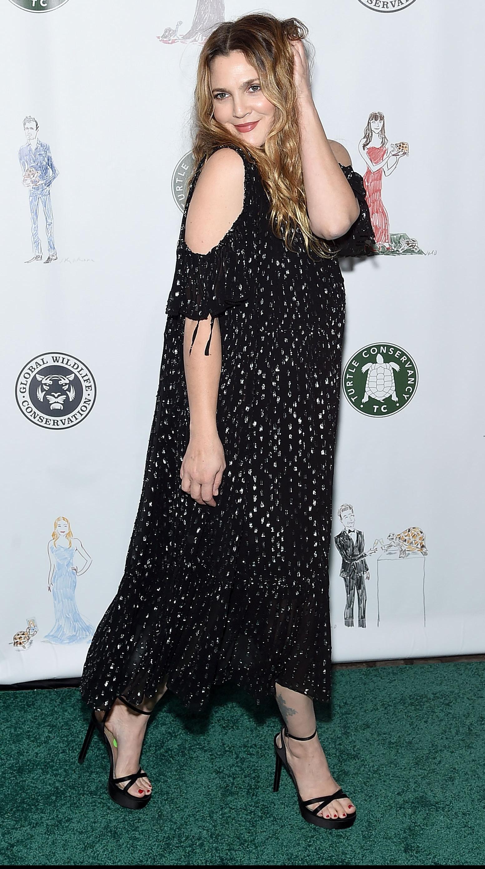 Okej, nikad nismo mislili da Drew Barrymore pati od ovakve (ženske) ovisnosti!