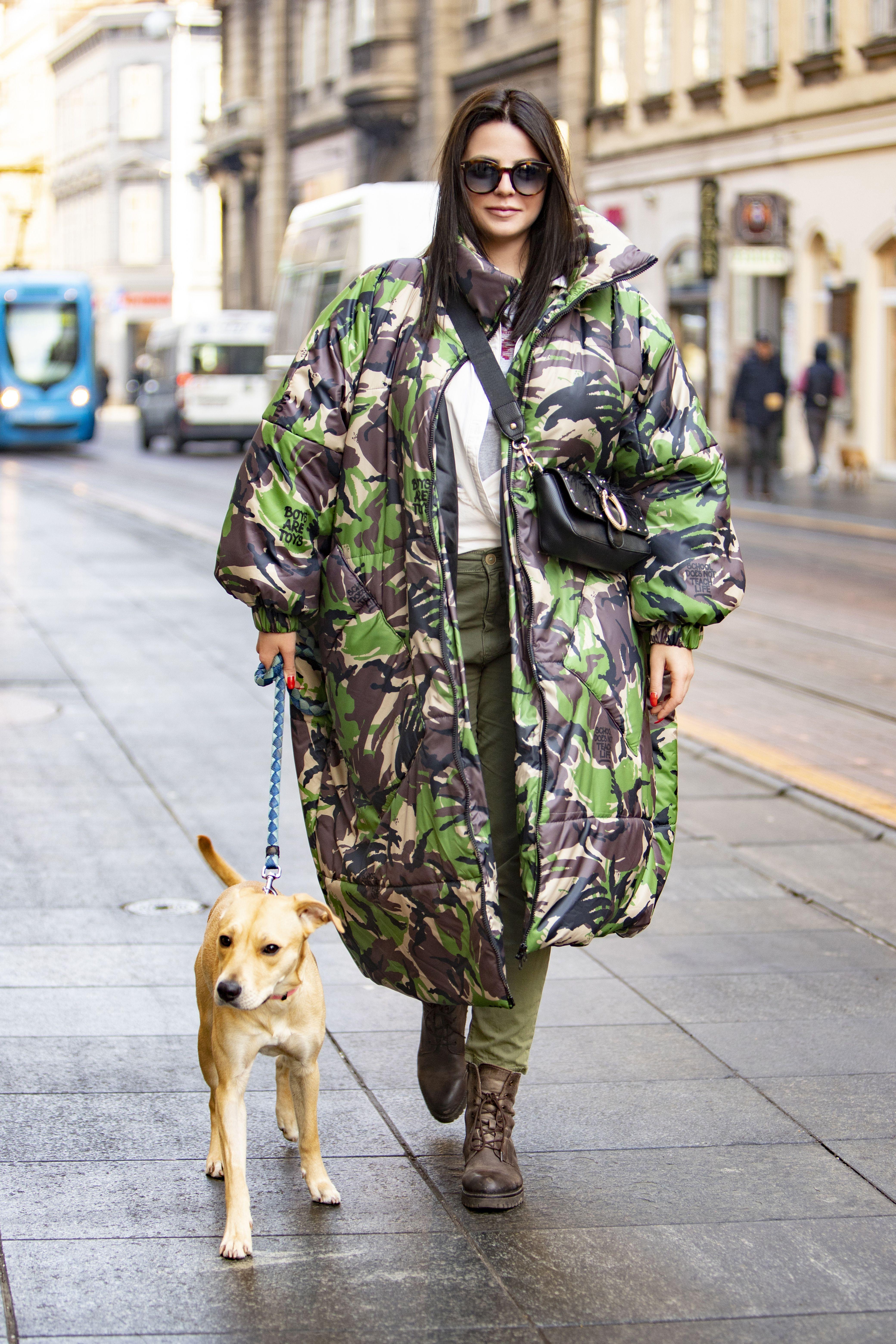 Ovako drugačiju i cool jaknu poput njezine dugo nismo vidjeli! Jedno je sigurno - nije za svakog