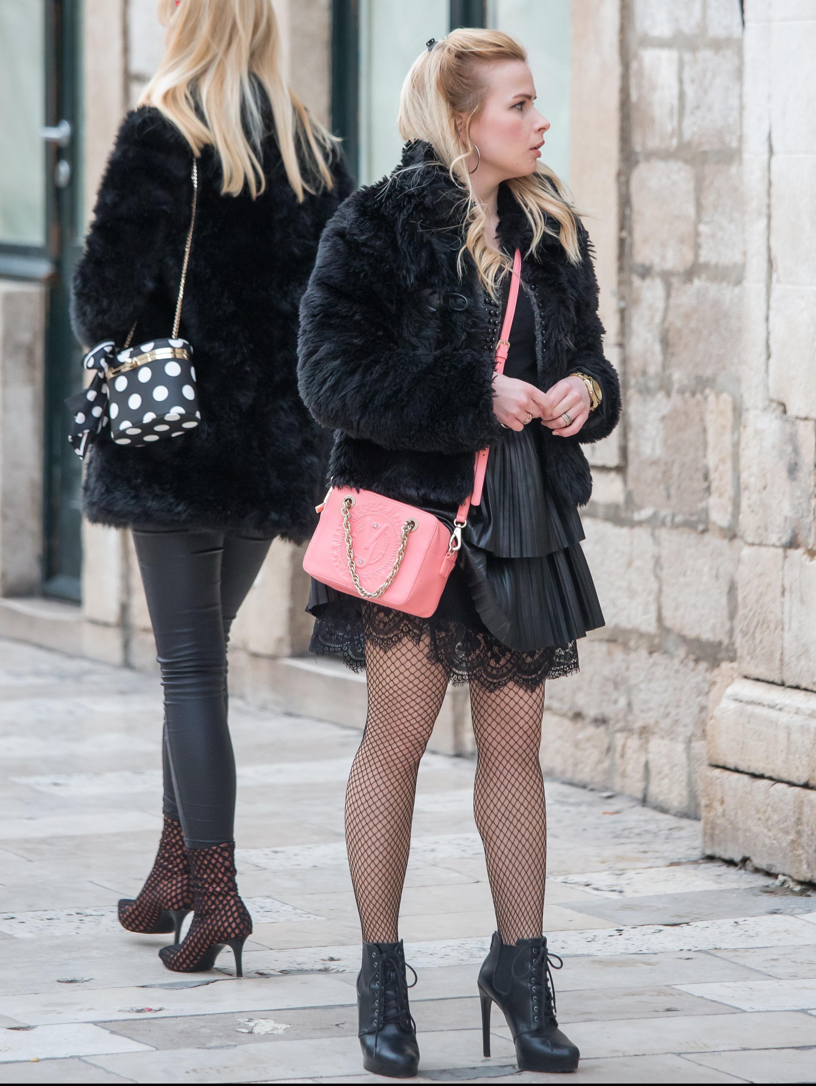 Visoke pete, raskošne haljine i mini suknje - što se nosi u Dubrovniku ovih dana?