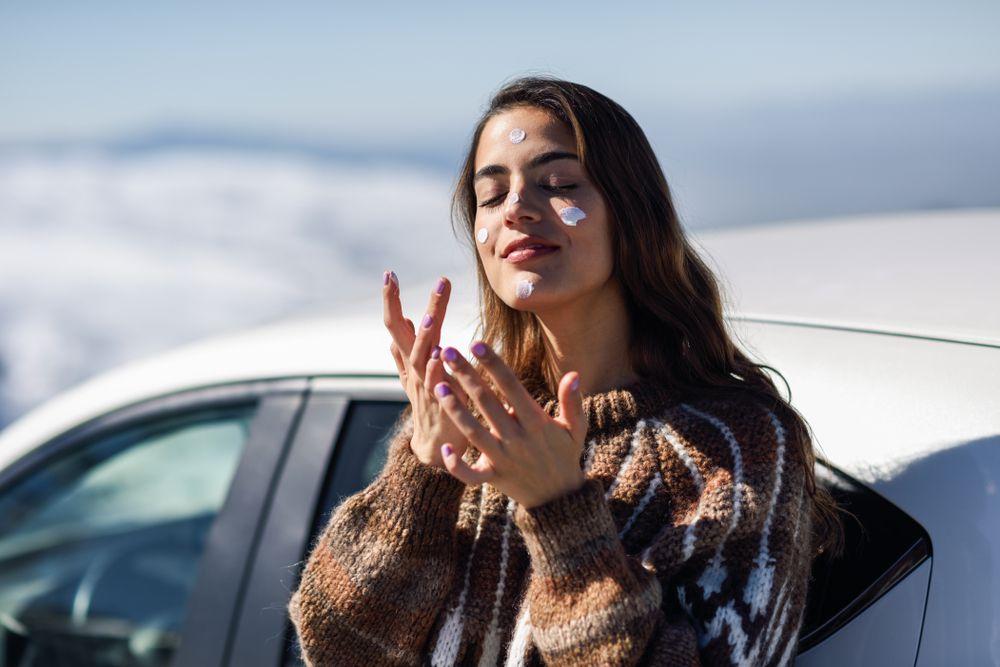Imate li problema s kožom zimi? Odaberite kreme koje će je sačuvati od hladnoće, ali i utjecaja grijanja