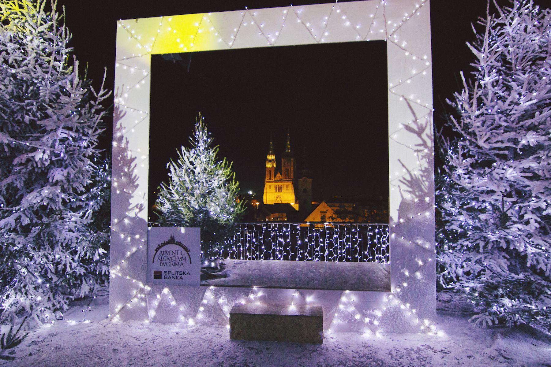 Advent u Klovićevim dvorima oduševio tisuće posjetitelja  već u prvom vikendu
