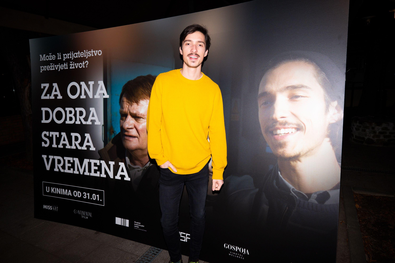 Marko Petrić: Prezgodan glumac koji osvaja osmijehom, ali i genijalnim smislom za modu!