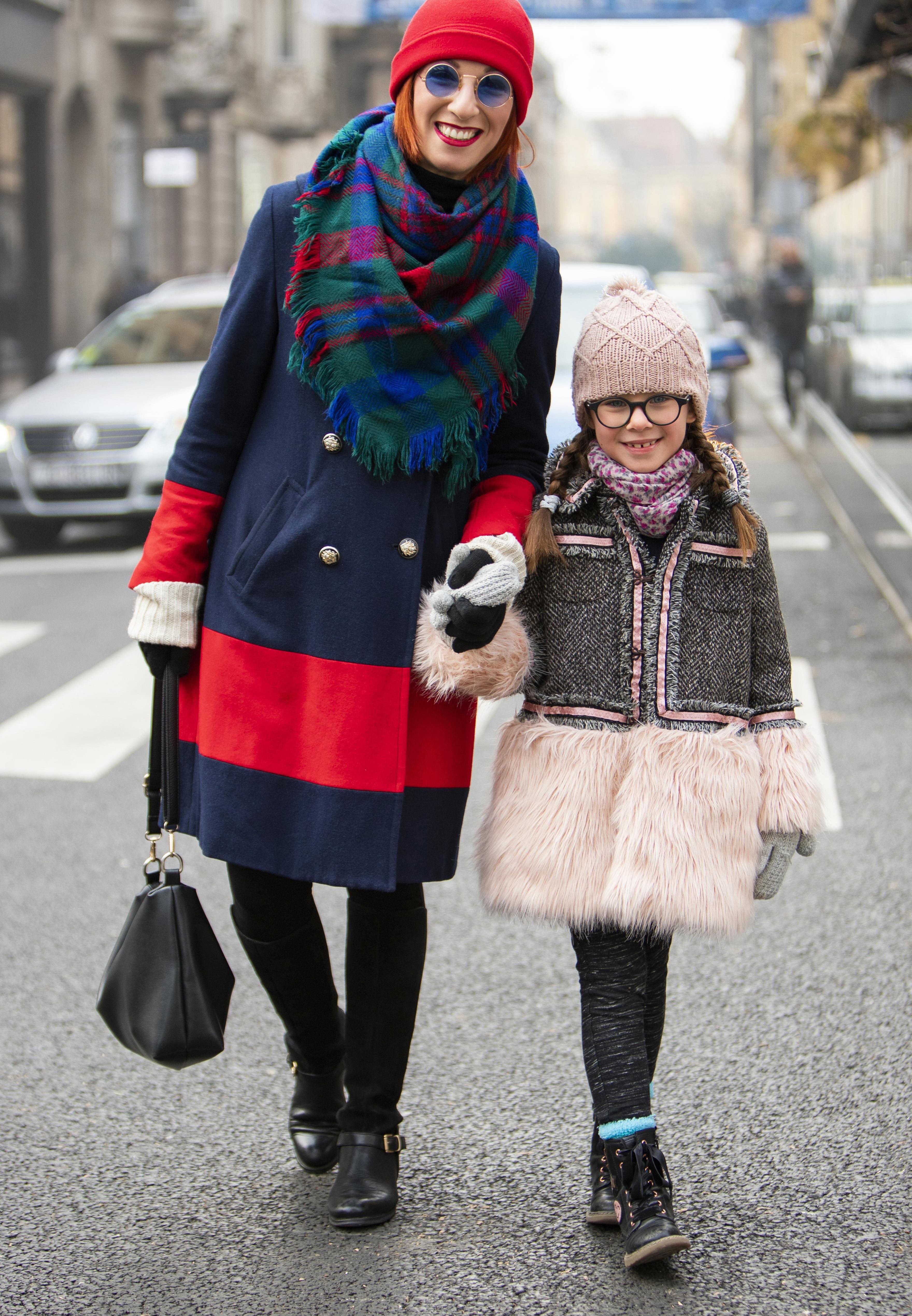 """Stylish mama i kći: """"Idemo na poštu poslati pismo Djedu Mrazu, poslije na Dolac pa dedi na grah"""""""