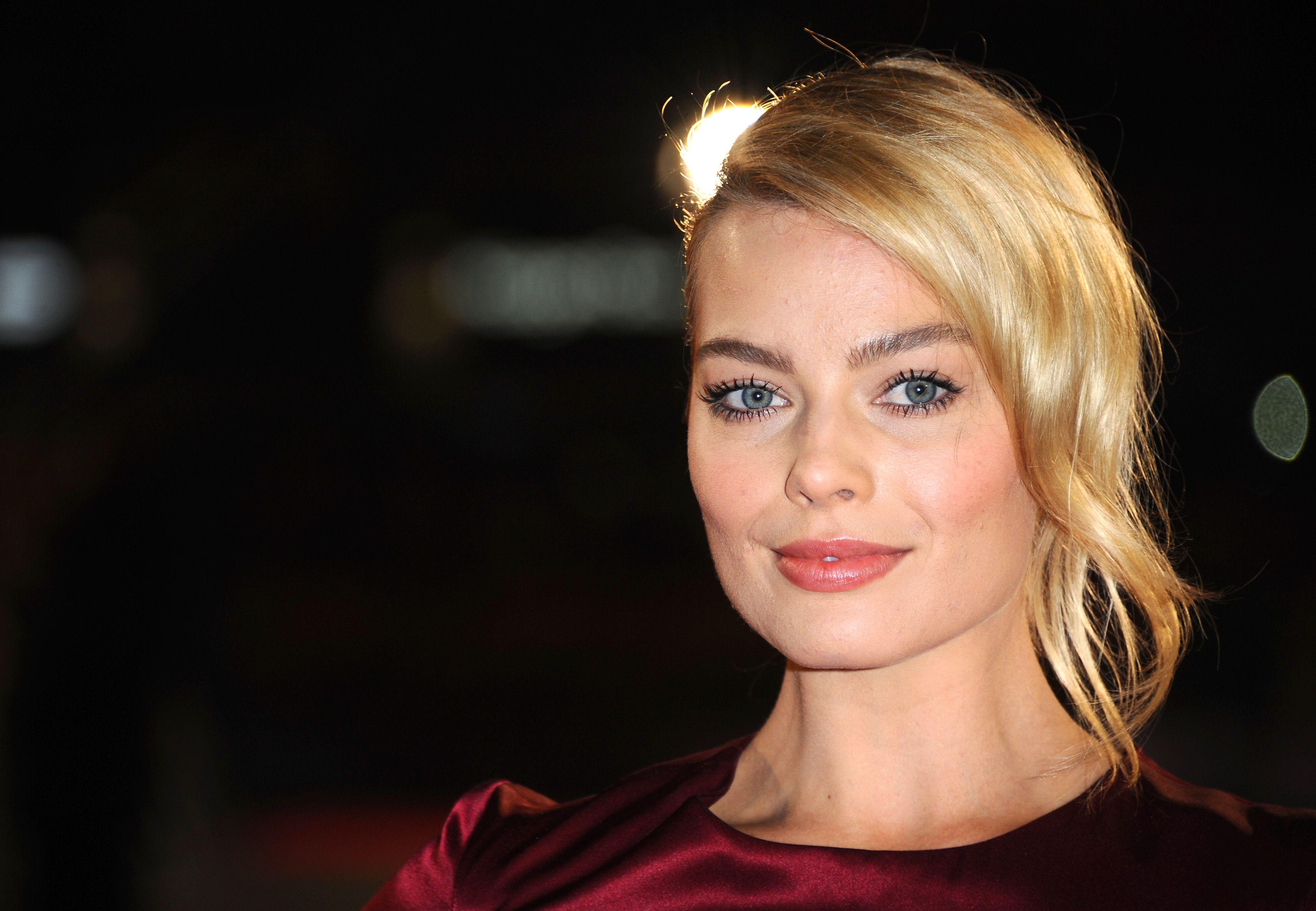 Margot Robbie je novo lice Calvin Klein parfema