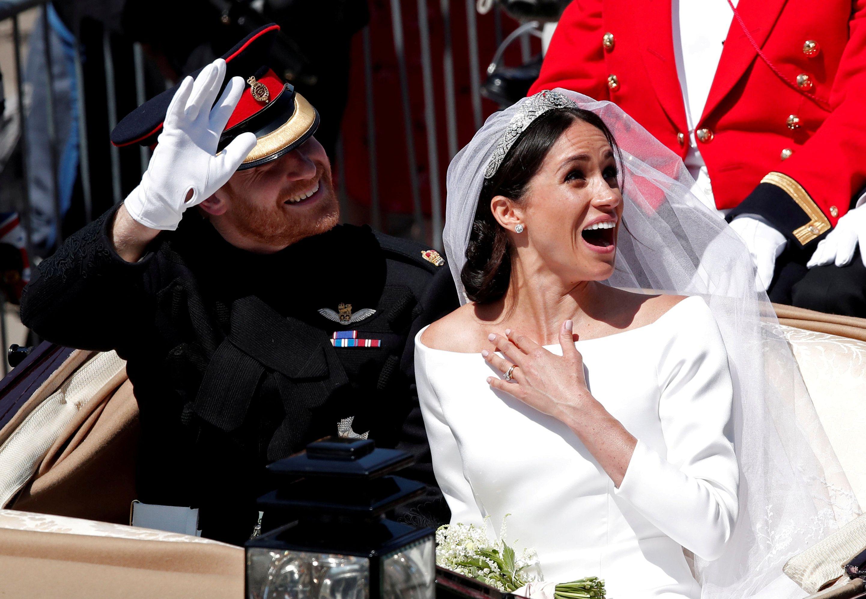 Od sada vjenčanicu Meghan Markle možete vidjeti i izbliza, kao i opravice mališana sa svadbe