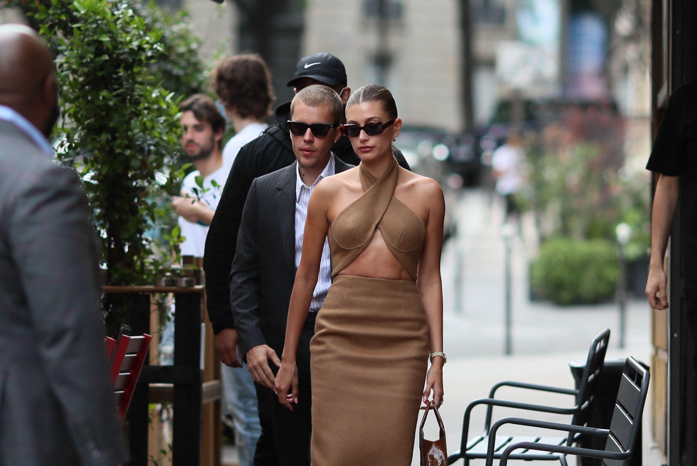 Poželjeli smo sve što je Hailey Bieber nosi u Parizu: Super je inspiracija za svaku prigodu