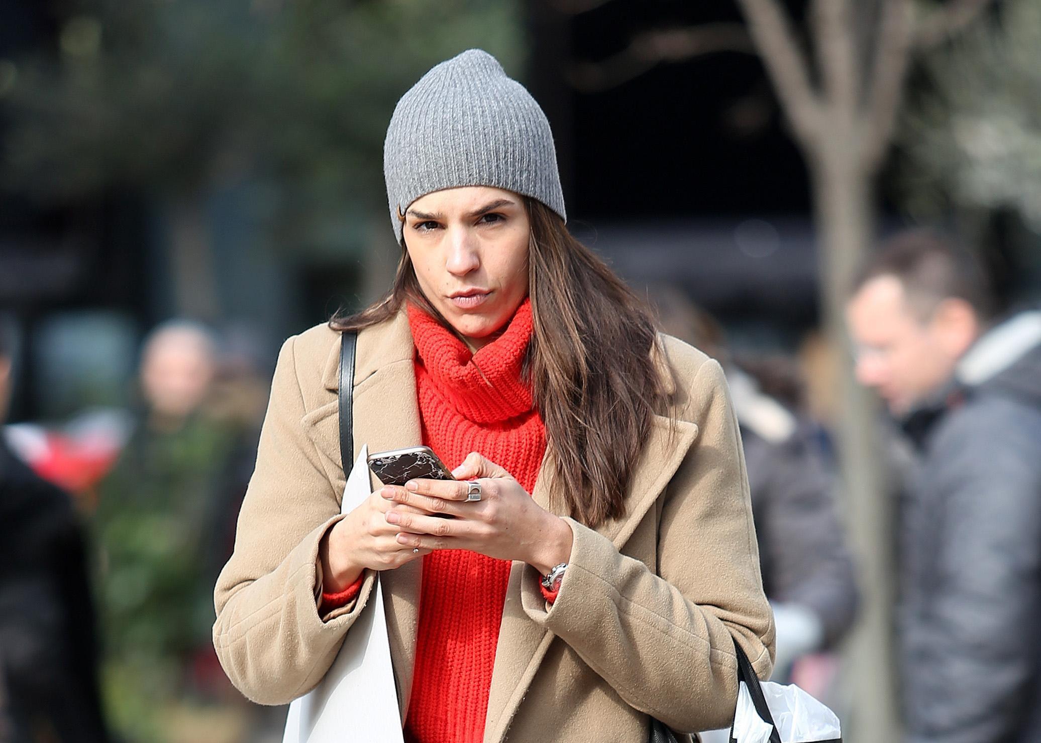 S jednostavnim komadima do savršenog outfita - ova ljepotica zna kako!