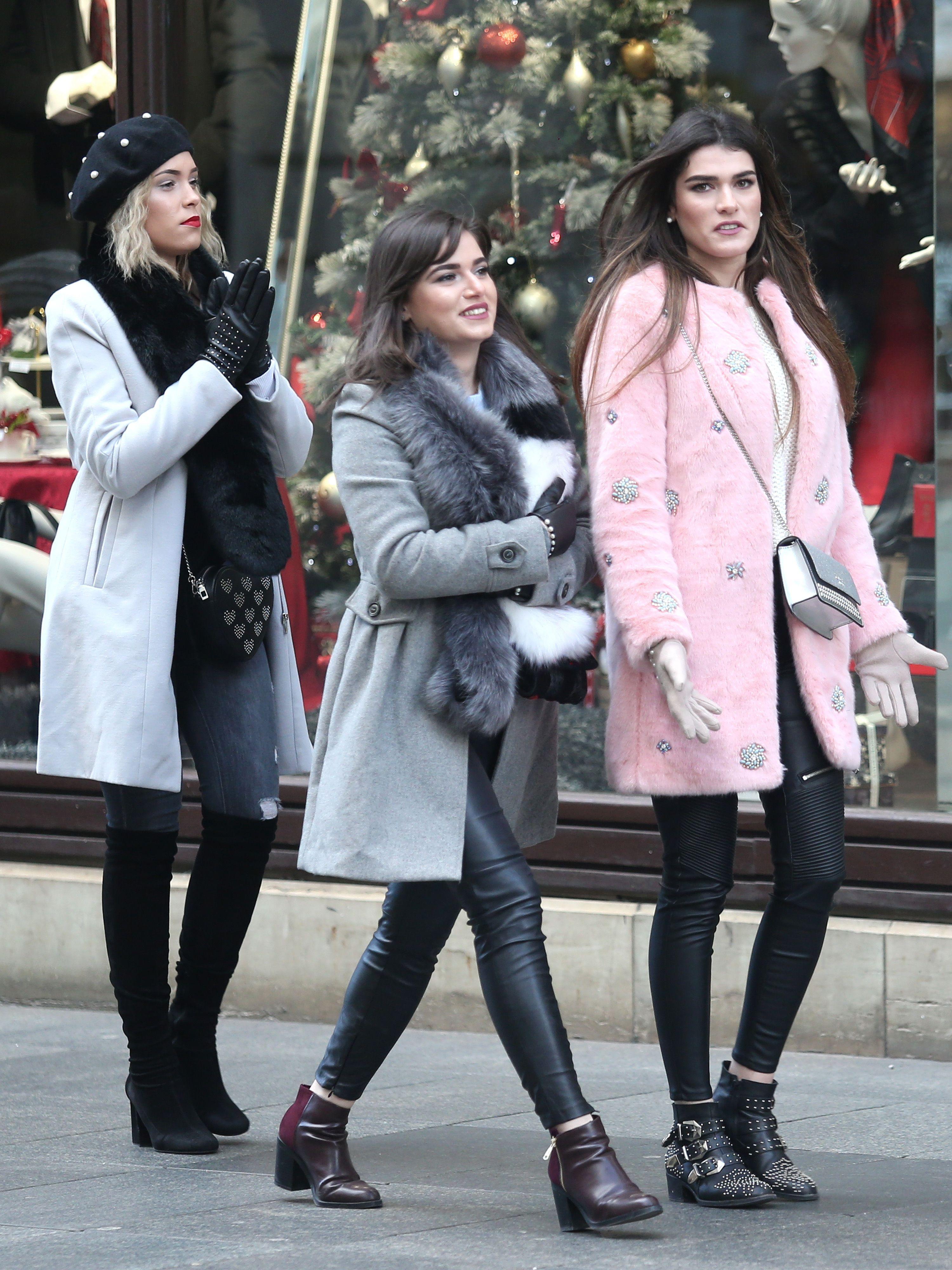 Ako ne znate što nositi ove zime, neka vas inspiriraju ove tri zgodne i trendi prijateljice!