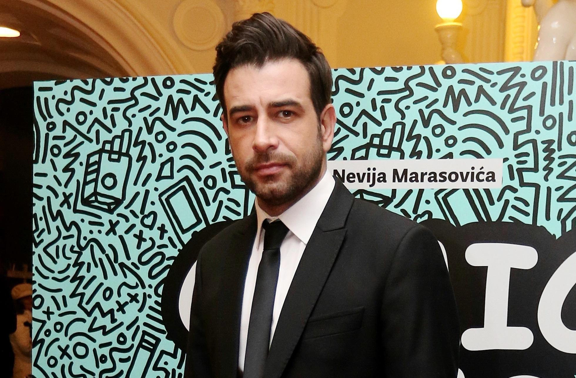 Janko Popović Volarić pokazao je svima kako muškarac u odijelu treba izgledati!