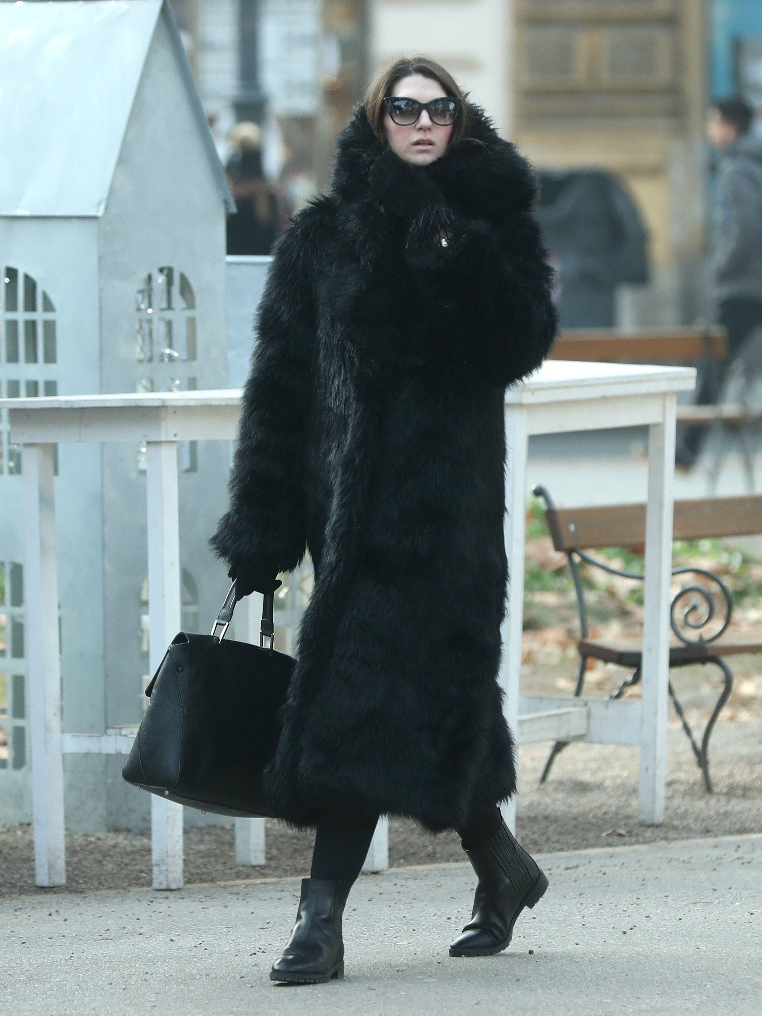 Jednostavan, a moćan styling: Dama sa Zrinjevca u raskošnoj bundi izgleda poput dive!