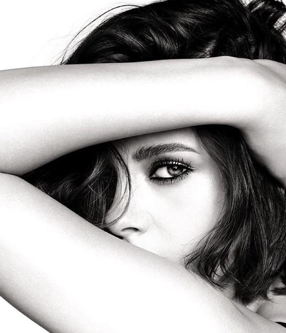 Novo lice Chanel kozmetike je...