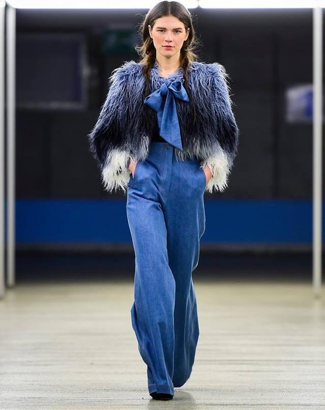 Hrvatska dizajnerica Loreta Gudelj s brendom LORÉ otvorila je ovosezonski Ljubljana Fashion Week