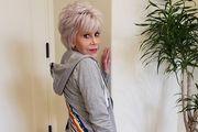 Jane Fonda rekreirala video iz osamdesetih i poslala snažnu poruku, a mladima poručila: 'Guglajte me'