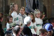 Morate vidjeti preslatke princa Georgea i princezu Charlotte kako poziraju prije vjenčanja