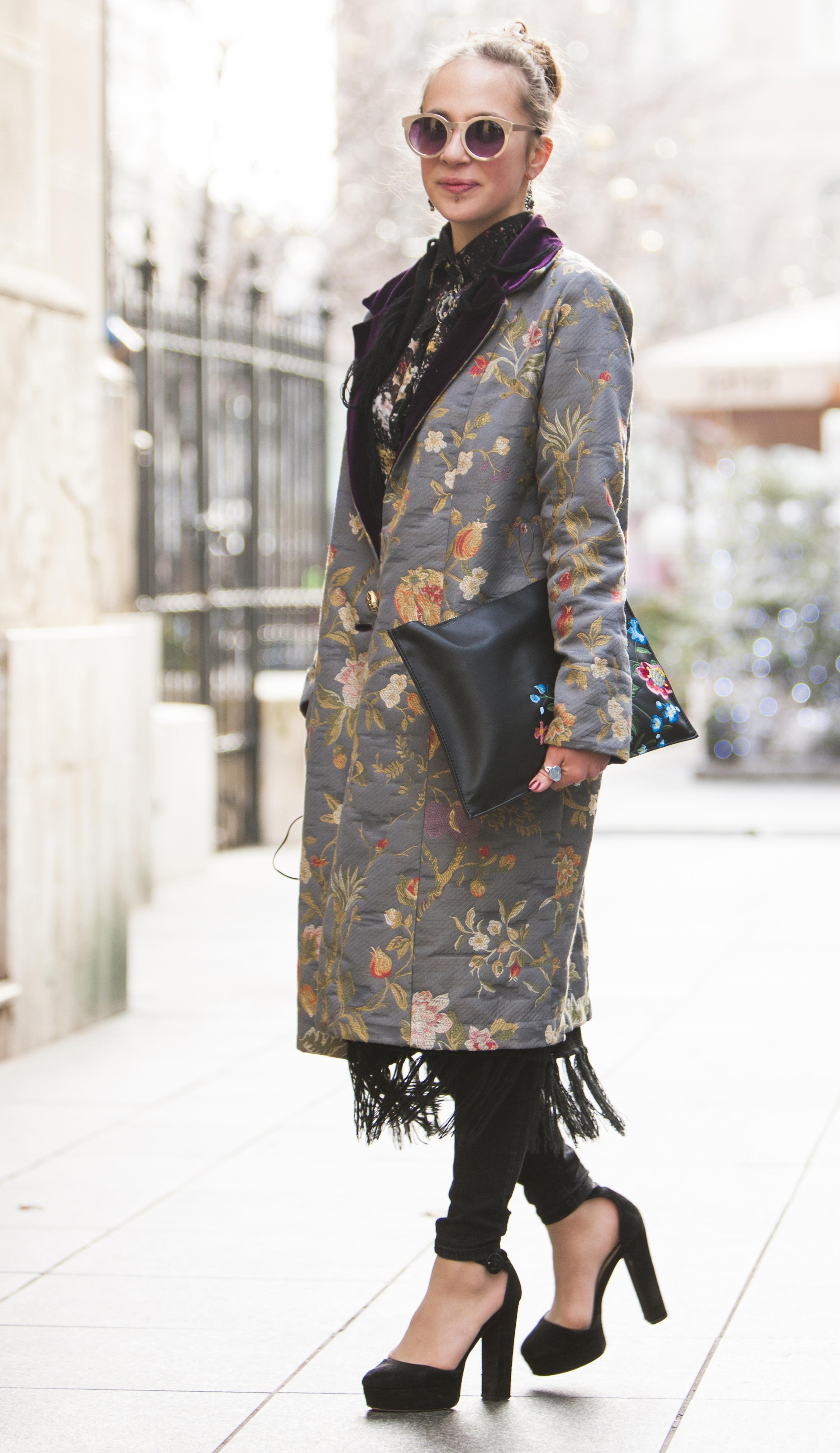 Ljepotica sa špice: Jedan neobičan kaput i dvije savršene kombinacije