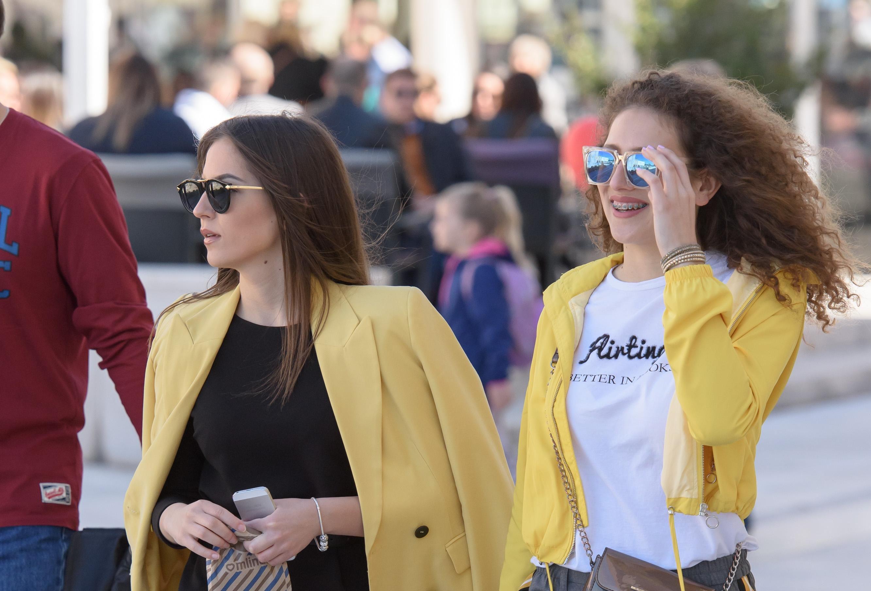 Žutim jaknicama Zadranke su pozdravile pravo proljeće