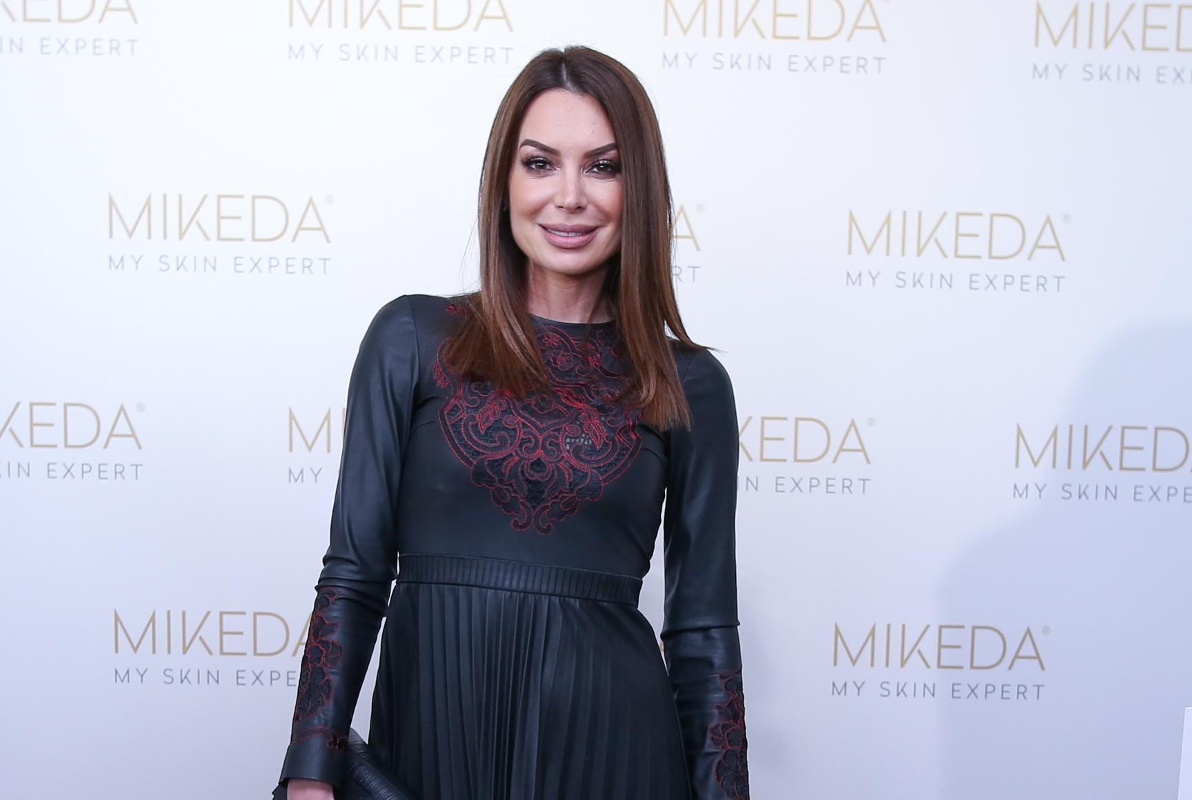 Iva Jerković izgleda senzacionalno u pripijenoj, maloj crnoj haljini