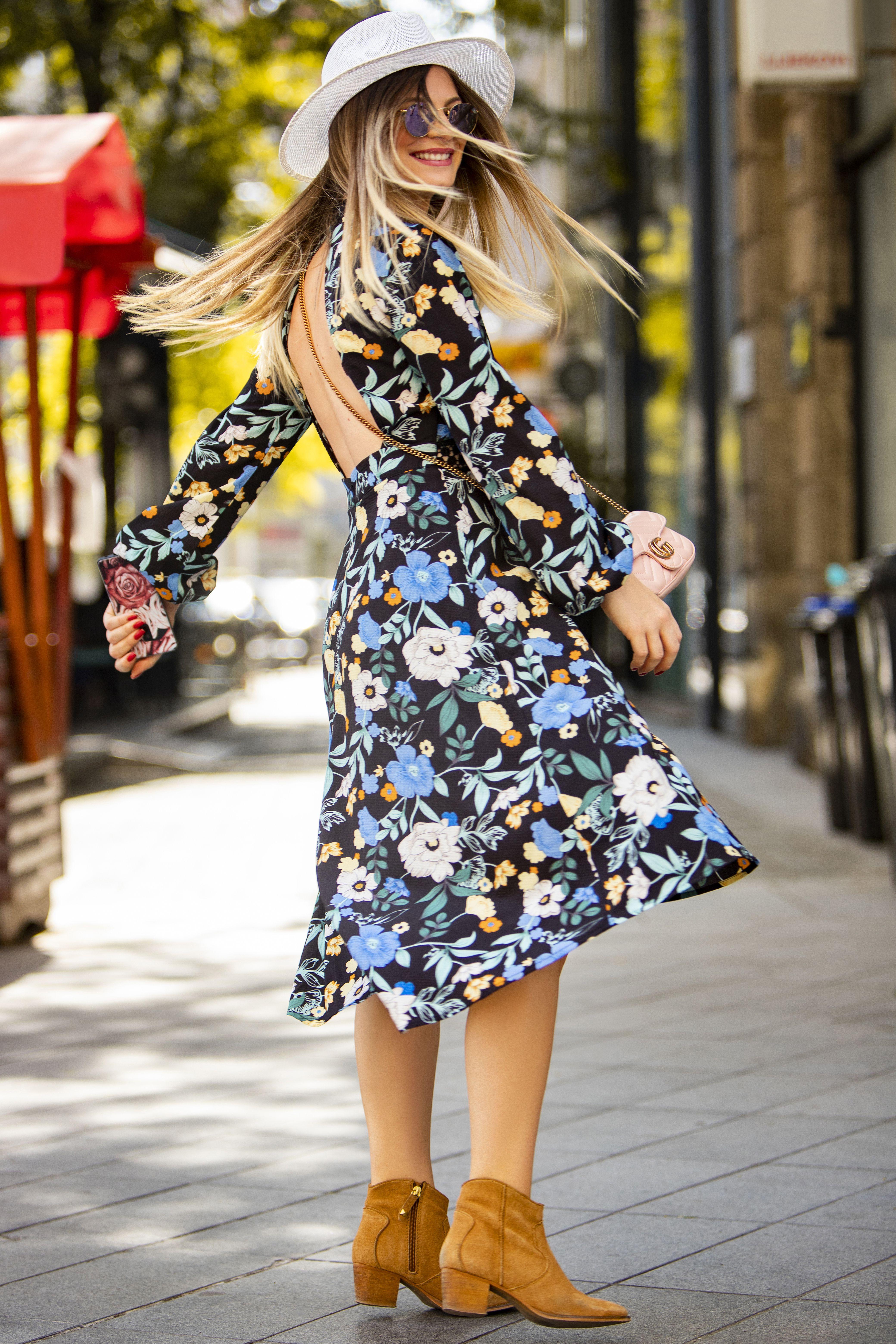 Kako je slatka! Simpatična odvjetnica nosi haljinu koja odgovara njenom raspoloženju