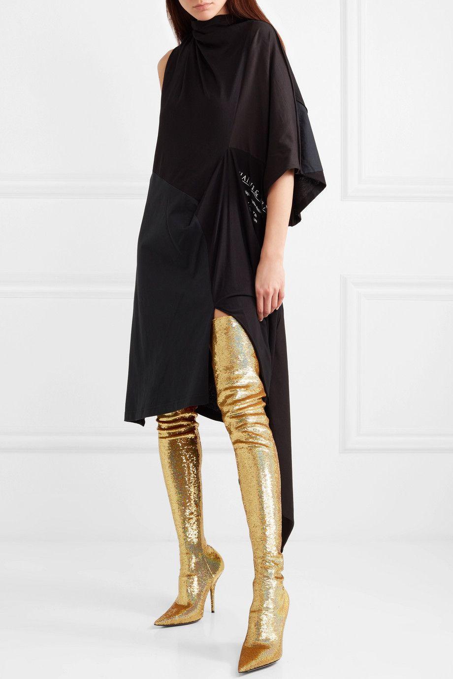 Par desetaka tisuća kuna za ove čizme? Balenciaga ne prestaje šokirati modelima!