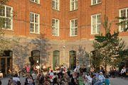 U Kopenhagenu se održao prvi fizički Tjedan mode u koronakrizi, a trendseterice su pokazale koji brend obožavaju