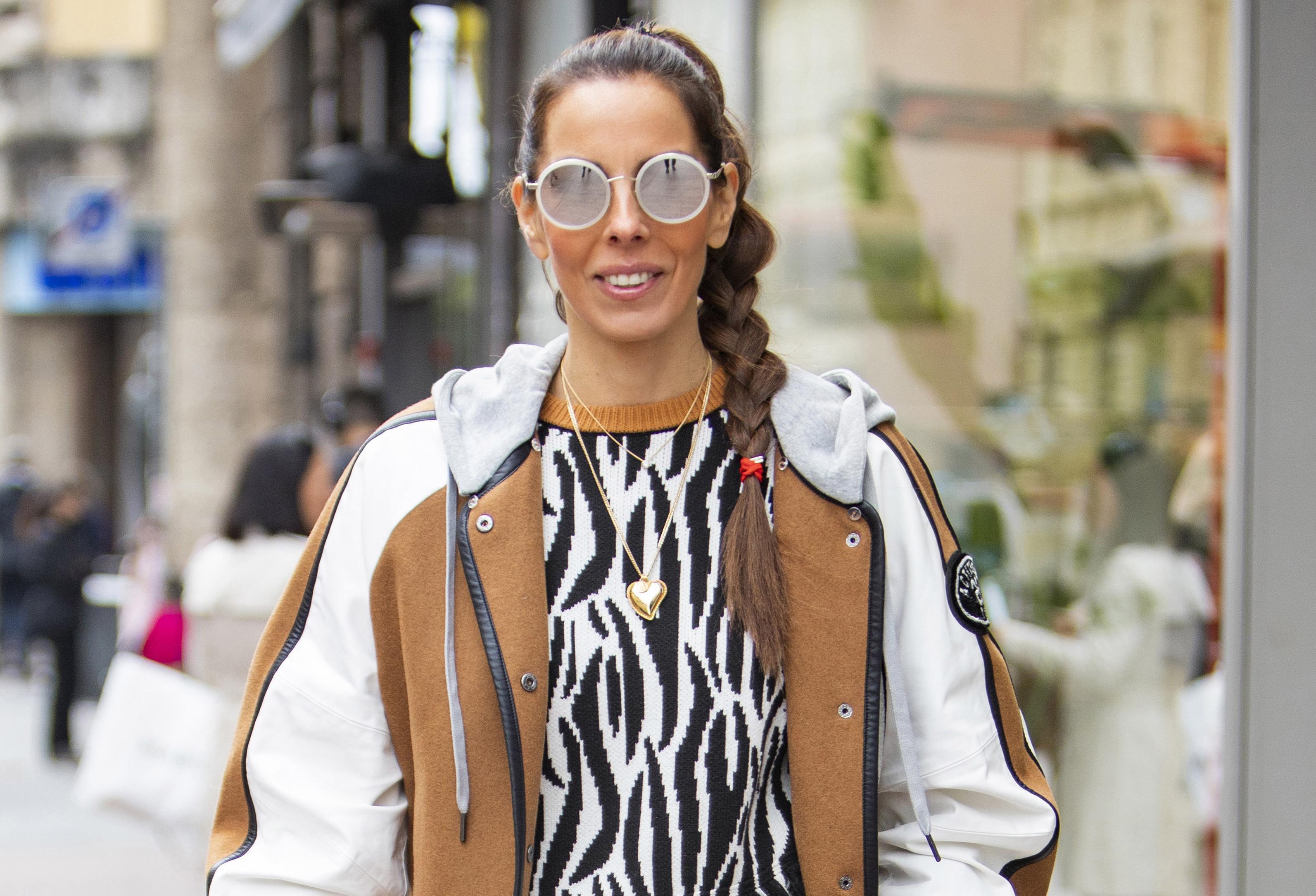 Prava majstorica spajanja nespojivog: Pogledajte kako Olja nosi sportsku jaknu i elegantne štikle