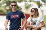 Stylish i nasmiješeni: Njih dvoje prošetali su gradom u cool casual kombinacijama