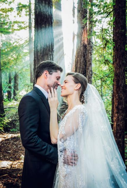 Vjenčanje Hilary Swank bilo je kao iz bajke... Pogledajte prekrasne detalje koji su nas potpuno osvojili