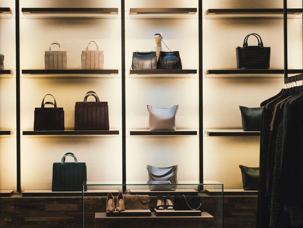 Kakve su cijene dizajnerskih torbi na Njuškalu?
