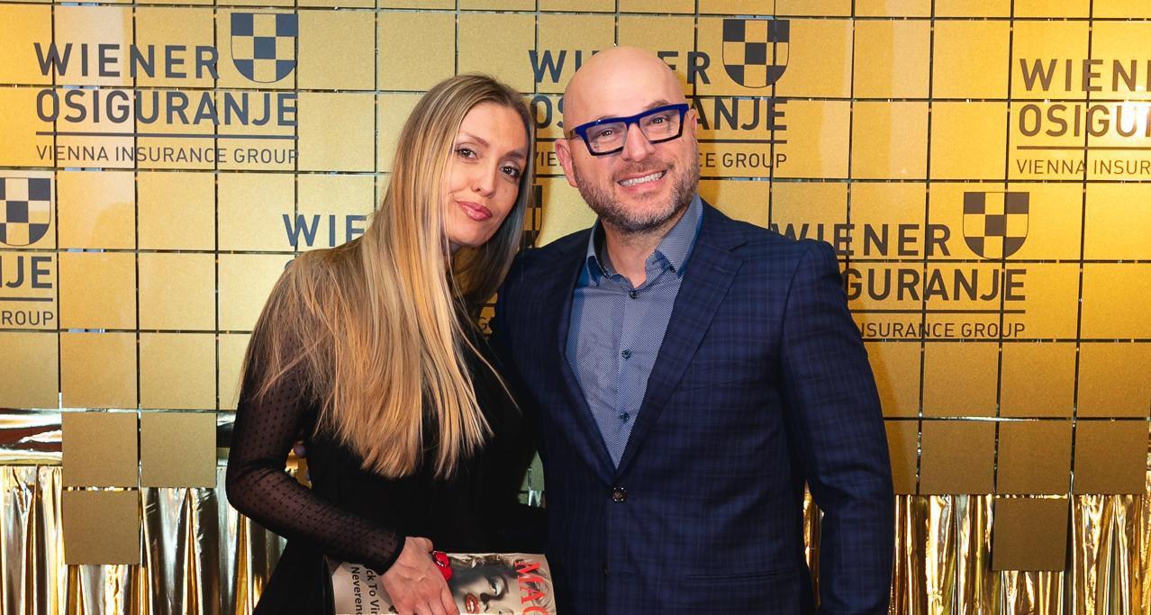 Rijetko je viđamo: Ana Bitorajac sa suprugom Reneom zablistala u elegantnom izdanju