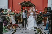 Kakvo genijalno vjenčanje! Otkazani joj svi dogovori pa u vrtu snimila Barbie vjenčanje koje izgleda poput pravog