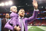 Najslađi trenutak ovogodišnjeg Super Bowla: Miljenik publike ukrao pozornost s preslatkim sinom u neobičnim outftima