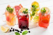 Pet ljetnih pića koja će vas osvježiti, ali i pomoći na putu prema ravnom trbuhu