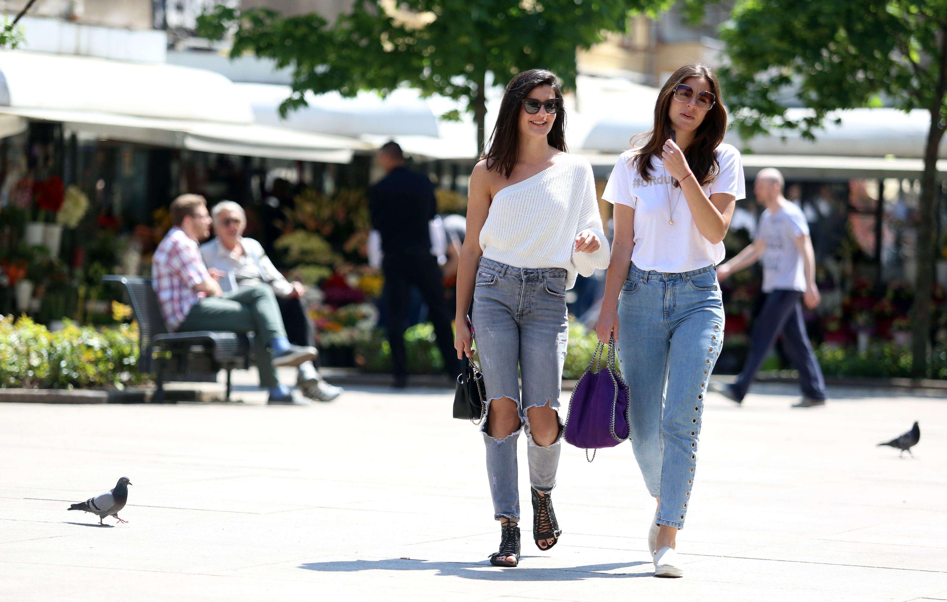 Odjenule su sasvim jednostavne kombinacije, no cijela je špica gledala ove stylish prijateljice